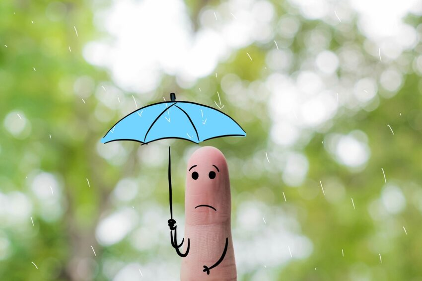 Finger Art Alone Rain Umbrella Sad  - Saydung89 / Pixabay